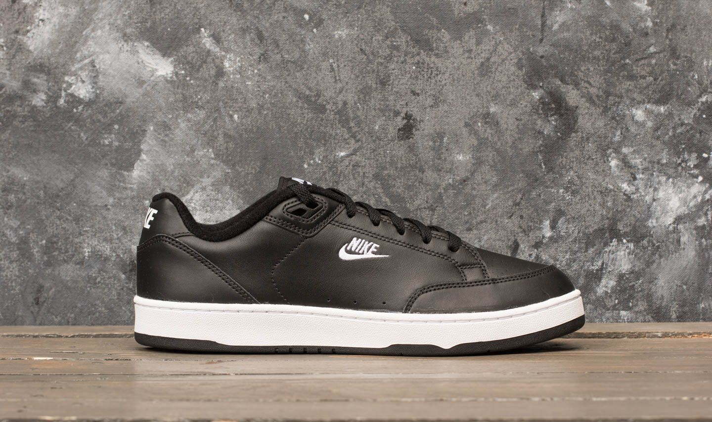 san francisco 7ca9c 83505 Nike Grandstand II Black White-Neutral Grey at a great price 84 € buy