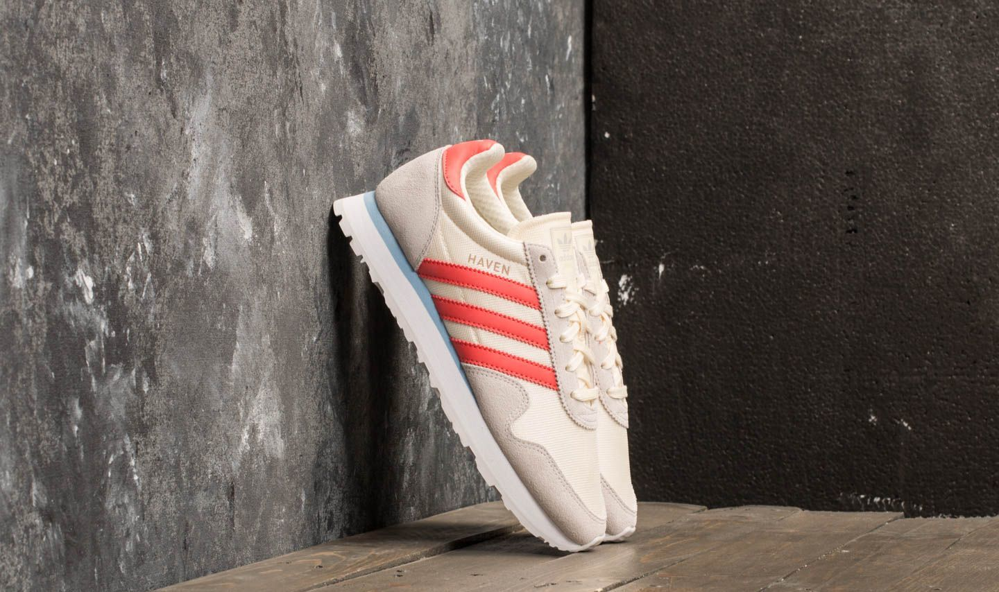 adidas Haven W Core White/ Trace Scarlet/ Grey One