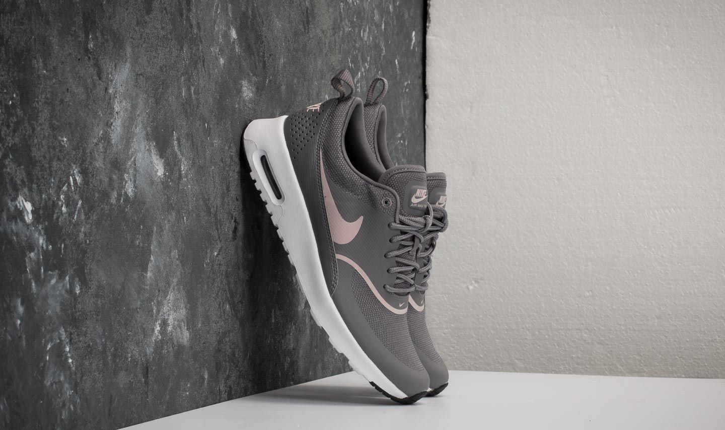Nike Wmns Air Max Thea Gunsmoke Particle Rose Black | supra