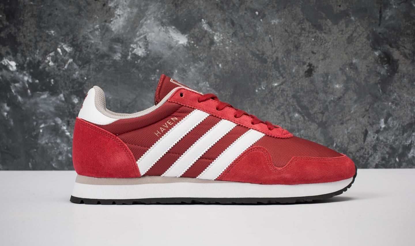 adidas Haven Mystery Red  Ftw White  Clear Granite at a great price £58 d5de8e77e