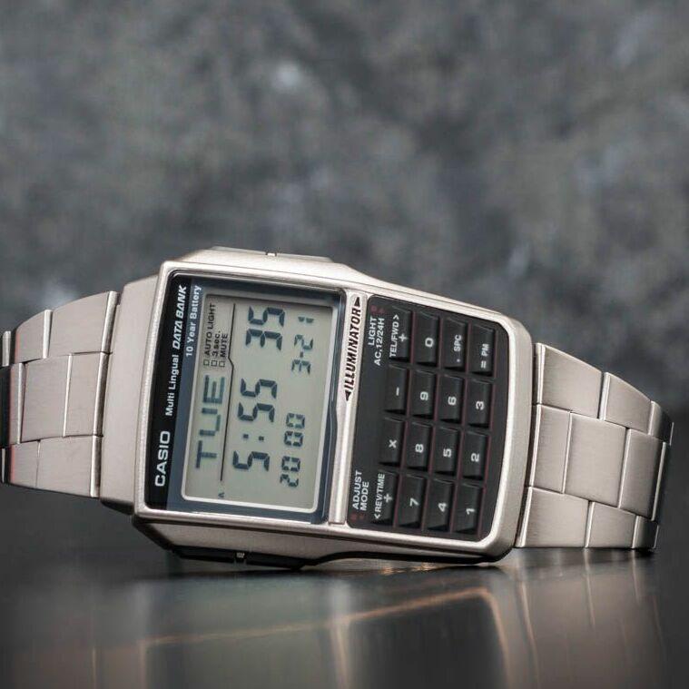 Casio DBC-32D-1AES Univerzální velikost