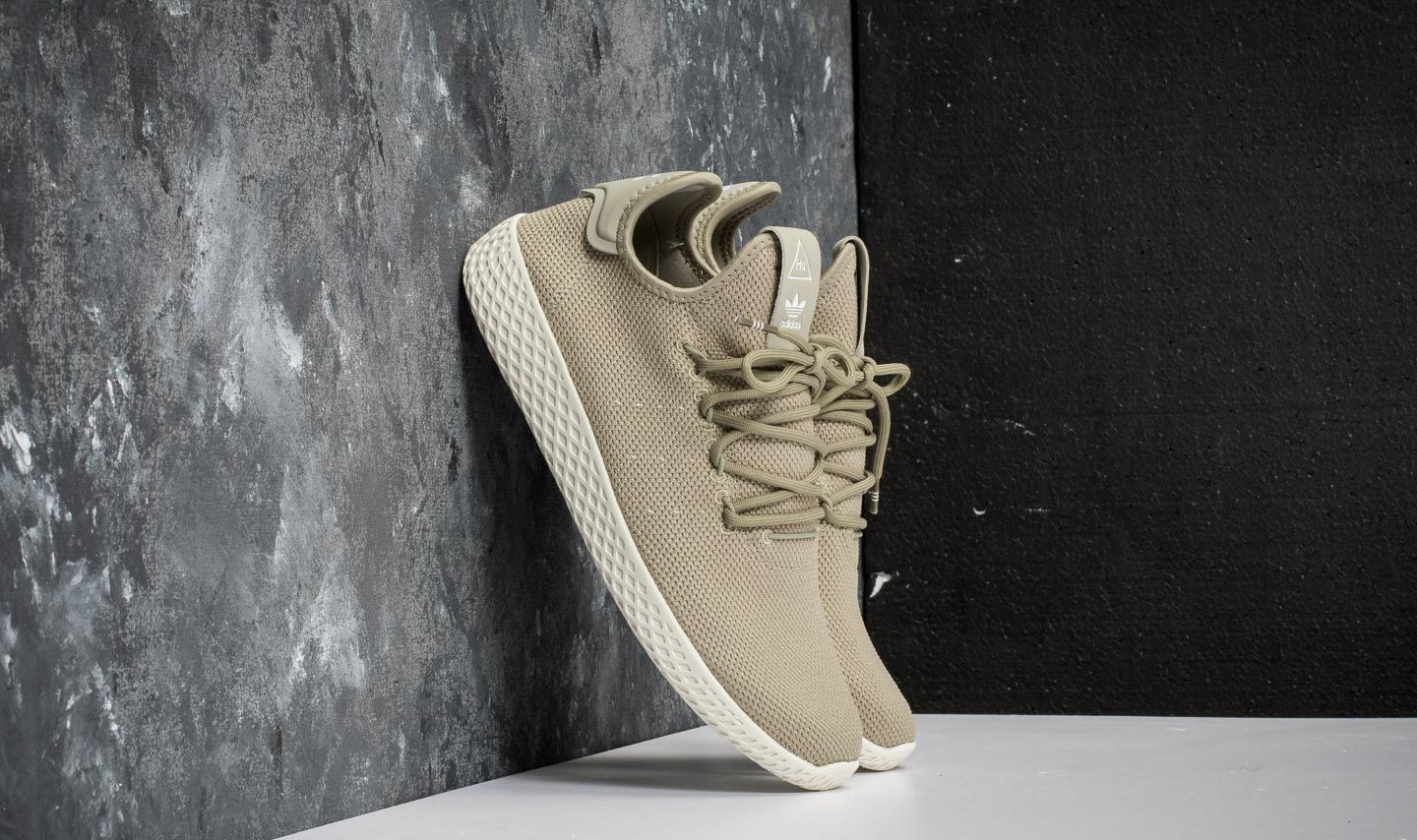 987433c9ba2bc adidas Pharrell Williams Tennis HU Tech Beige  Tech Beige  Chalk ...