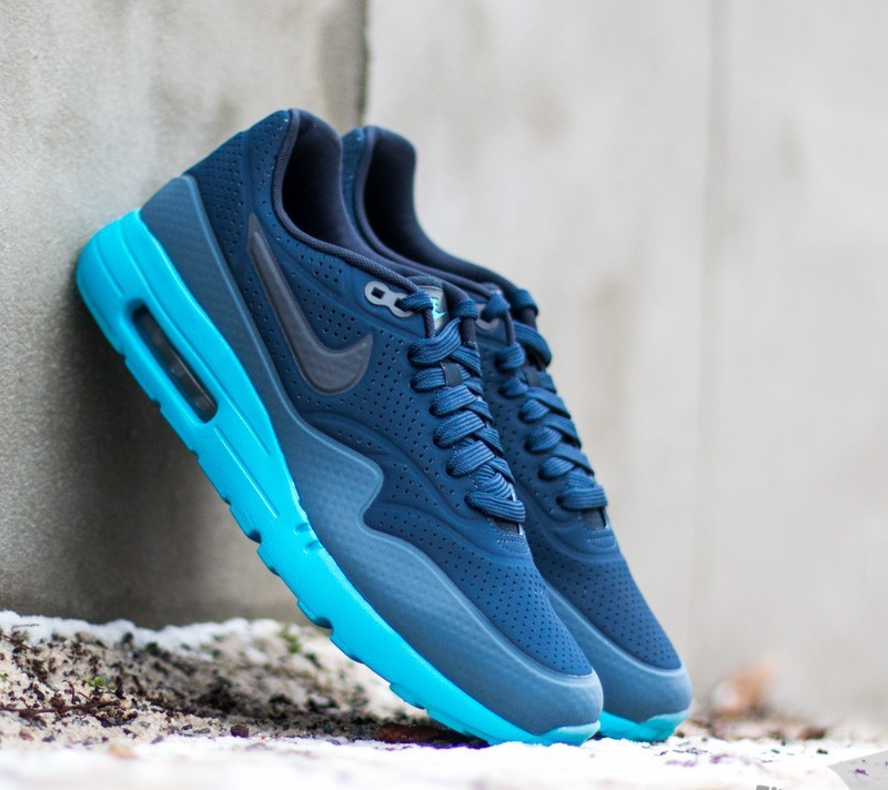new styles d7186 5ea25 Nike Air Max 1 Ultra Moire Midnight Navy Obsidian