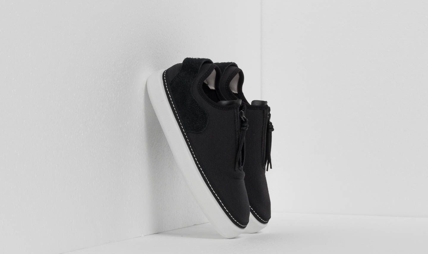 Y-3 Comfort Zip Core Black/ Crystal White/ Crystal White