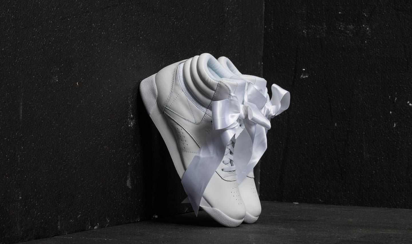d4eca29e04a6a Reebok Freestyle Hi Satin Bow White/ Skull Grey | Footshop