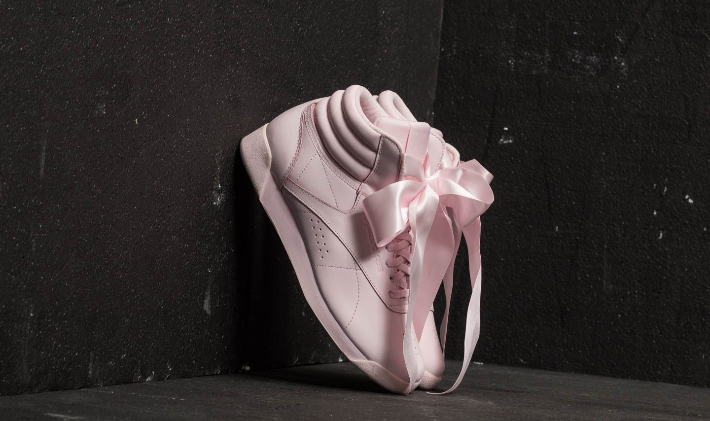 a3456a36023540 Reebok Freestyle Hi Satin Bow Porcelain Pink  Skull Grey at a great price  £95