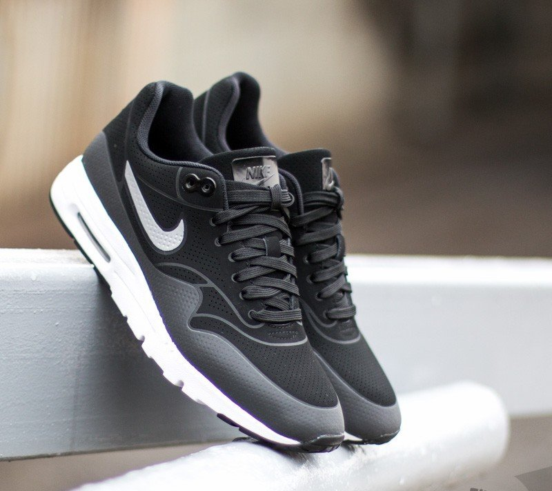 buy popular 22a6e d0432 Nike Wmns Air Max 1 Ultra Moire Black Black-Metallic Silver
