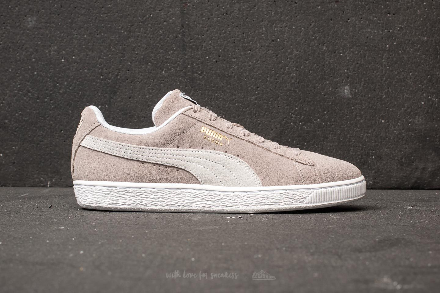 97dc23397175c1 Puma Suede Classic Ash-Puma White at a great price 63 € buy at Footshop