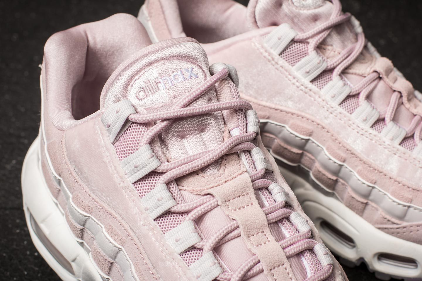 new product 28176 8a0fa Nike Wmns Air Max 95 LX Particle Rose/ Particle Rose | Footshop