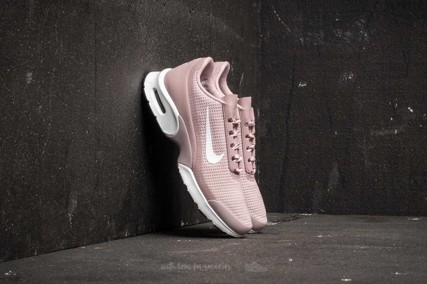 8fce820c964 Nike WMNS Air Max Jewell Particle Rose  White-Black