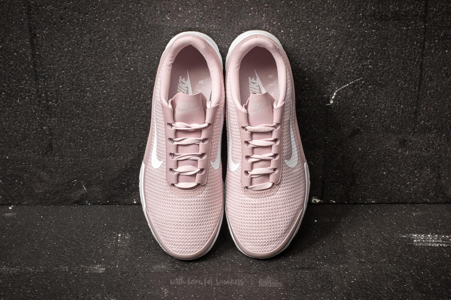Nike WMNS Air Max Jewell Particle Rose White Black | Footshop