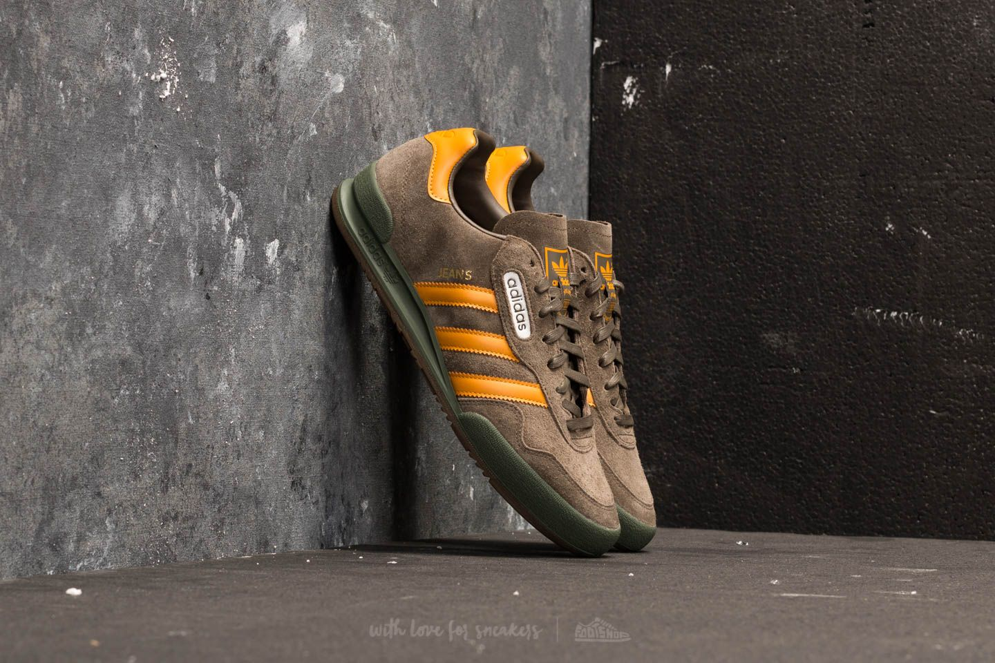 lower price with e461a 973a2 adidas Jeans Super Branch  Tactile Yellow  Base Green