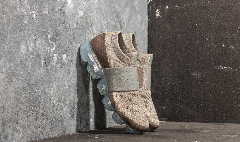 Nike Wmns Air Vapormax Flyknit Moc Dark Stucco/ Clay Green