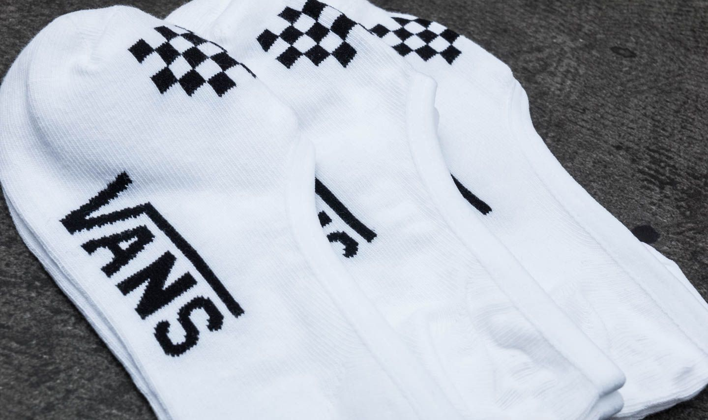 5a98d6149581 Vans Wm Basic Canoodle 3 Pair Socks White  Black at a great price 7 €