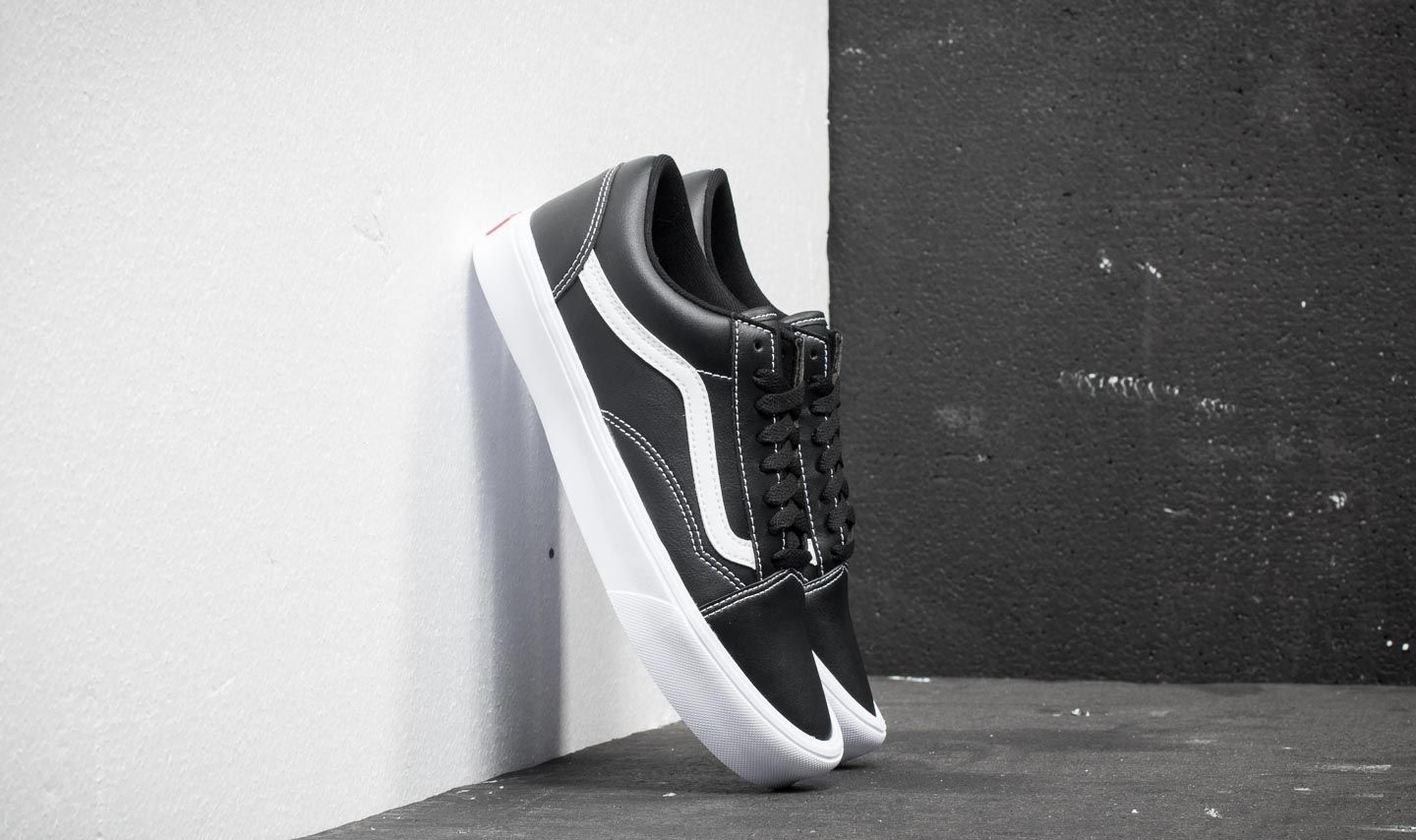45fe7f15294 Vans Old Skool Lite (Classic Tumble) Black  True White at a great price