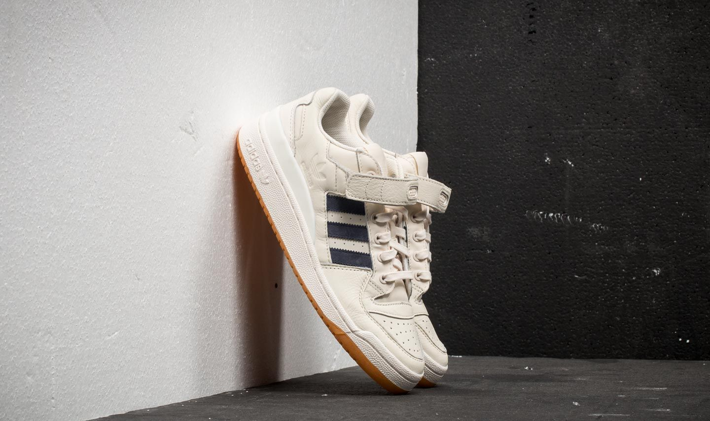 adidas Forum Low Chalk White/ Trace Blue/ Gum 1