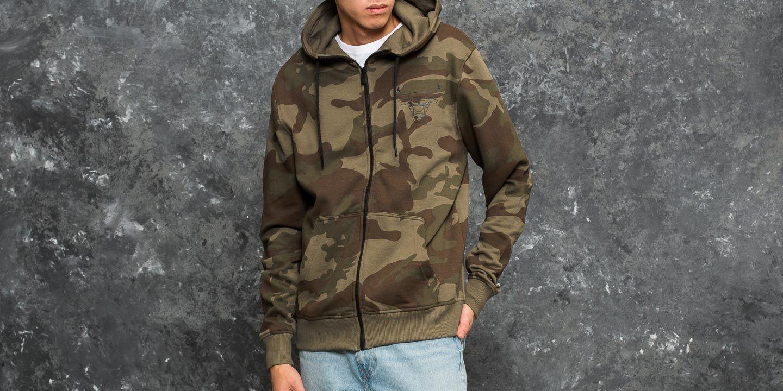 New Era BNG Fleece Chicago Bulls Hoody Woodland Camo za skvělou cenu 1 690 Kč koupíte na Footshop.cz