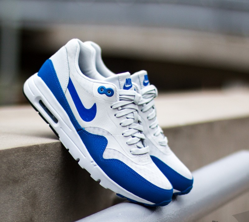 Nike Wmns Air Max 1 Ultra Essential Pure Platinum Game Royal ... 4bf02d6ff