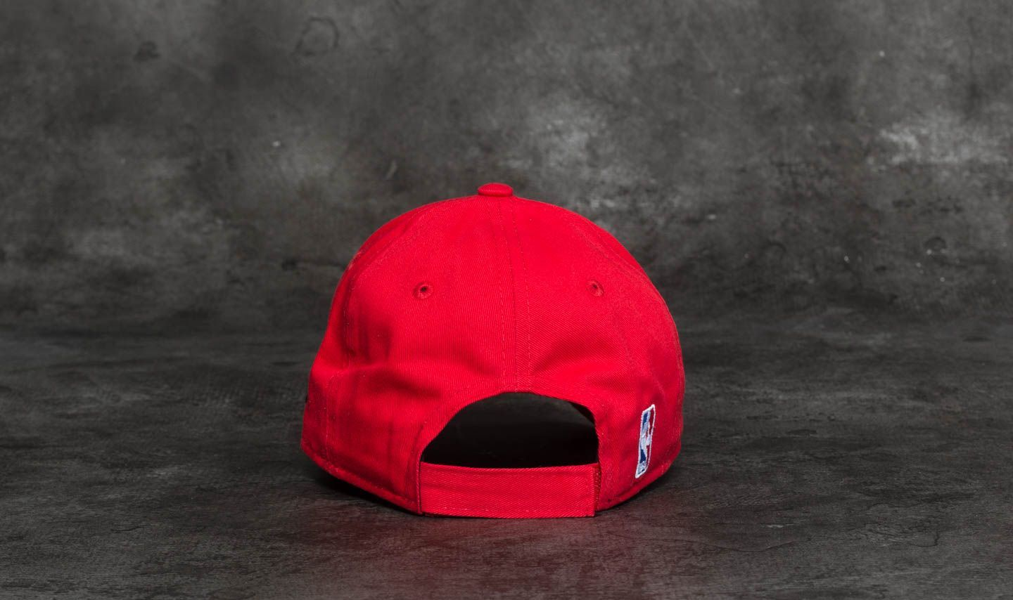 ea684e0dd0d New Era 9Forty Youth Essential Chicago Bulls Cap Red at a great price  16  buy at