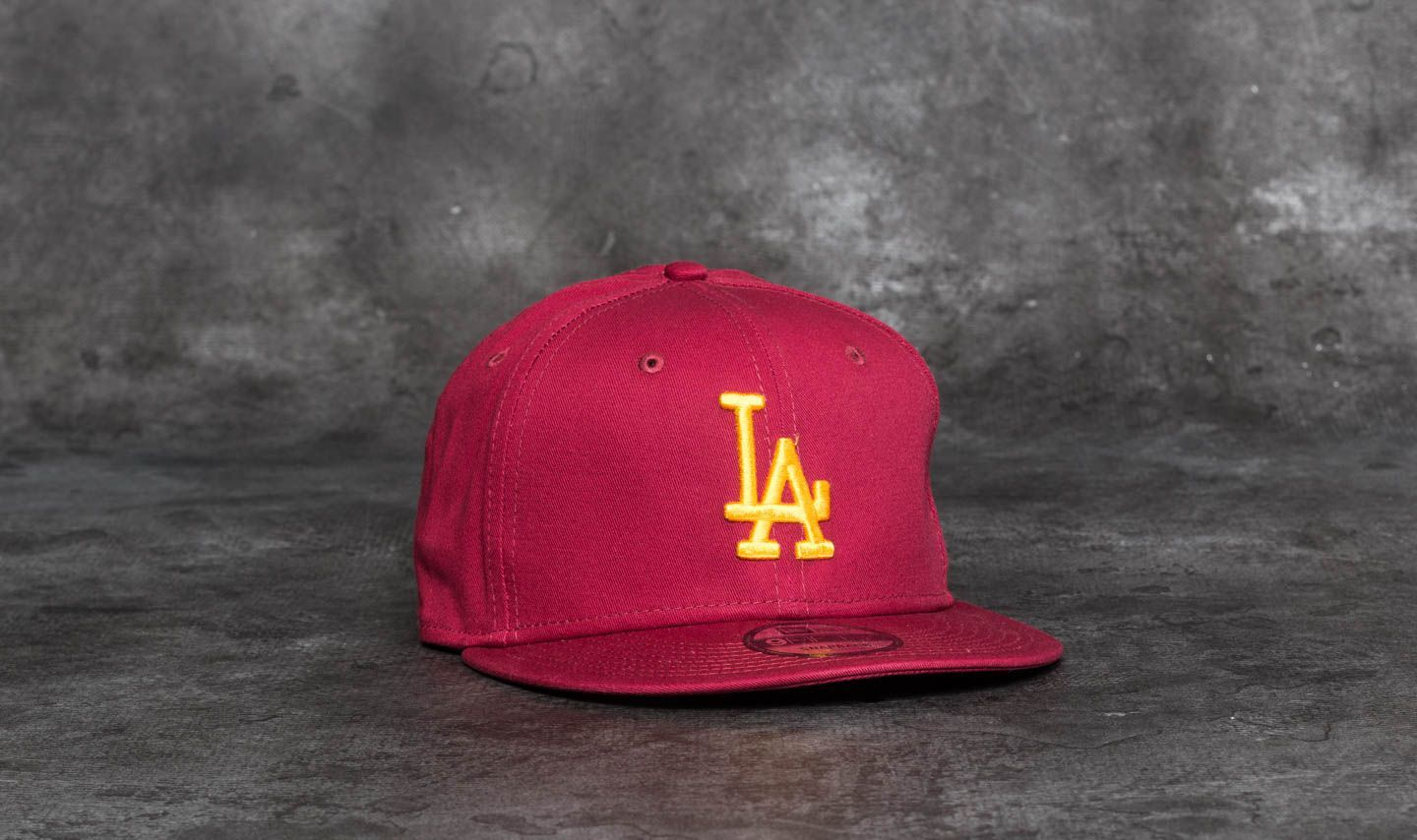 New Era 9Fifty League Essential Los Angeles Dodgers Cap Scarlet/ Gold