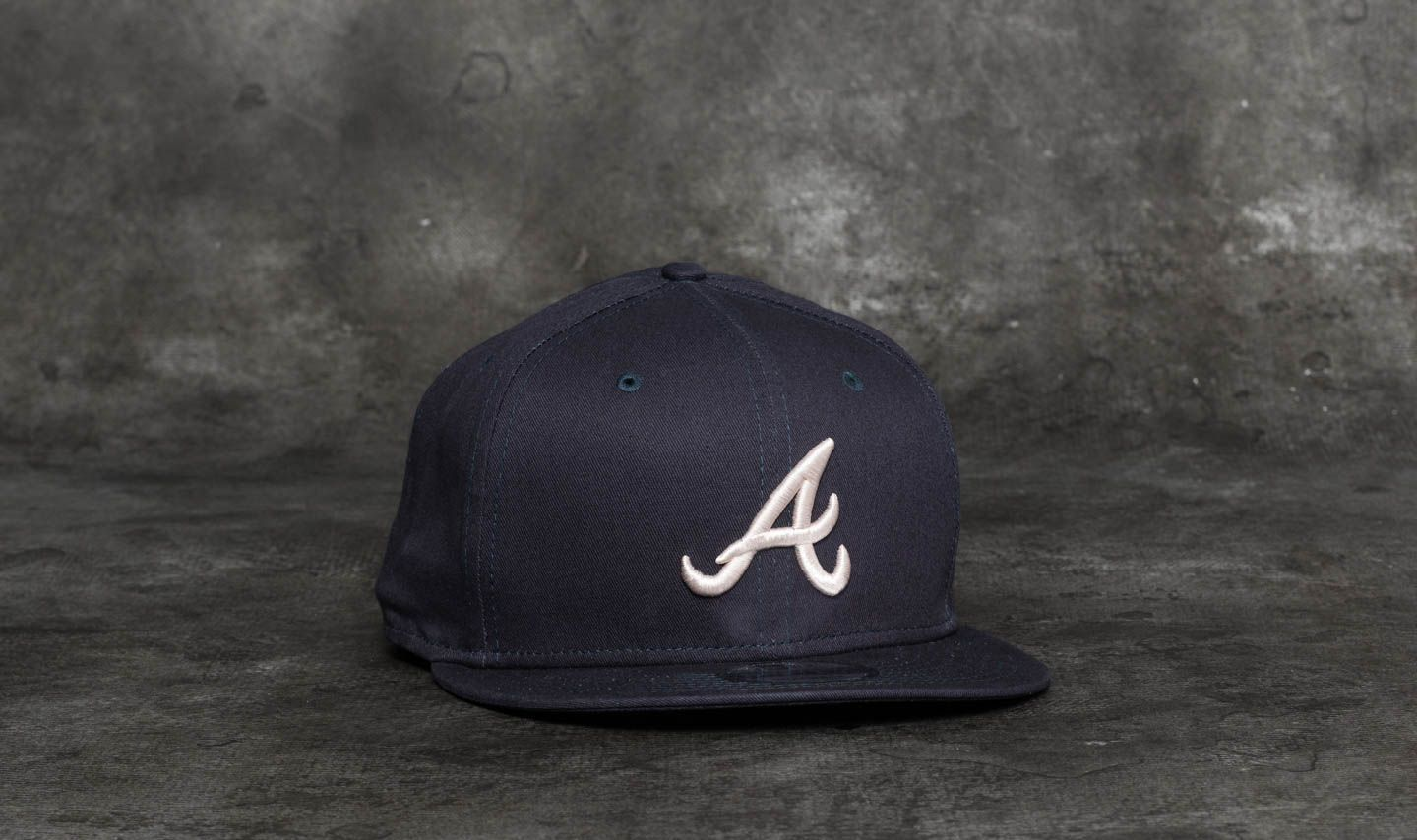 c7cac84f93322 New Era 9Fifty League Essential Atlanta Braves Cap Navy  Satin at a great  price  22