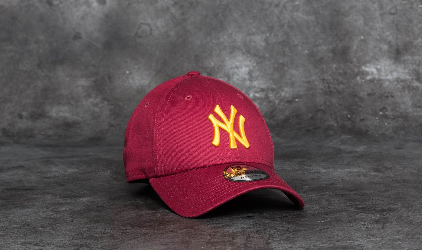 buy online 9a5ec 7b14e ... inexpensive new era 9forty league essential new york yankees cap  scarlet gold 5c965 0d21f ...