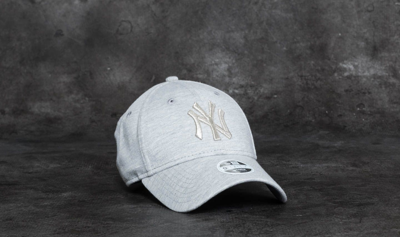 401f1c57585 New Era 9Forty Women Essential Jersey New York Yankees Cap Grey