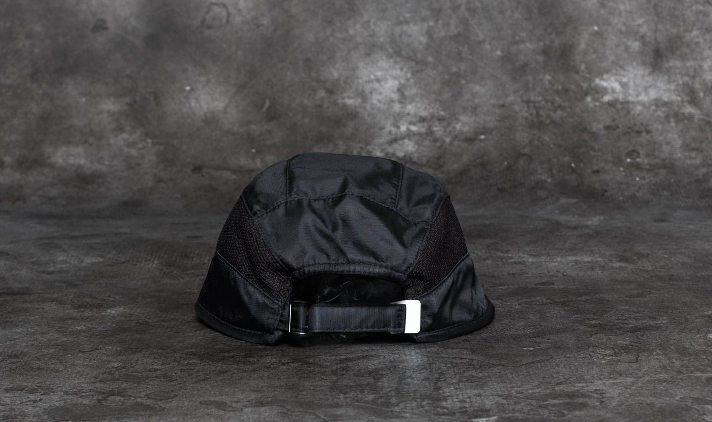 9be827090d5 Pink Dolphin Rare Ghost Strapback Black at a great price 23 лв купете в  Footshop