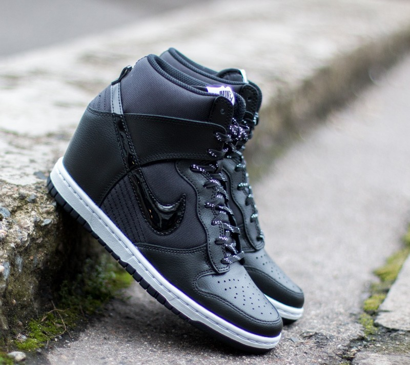 Nike WMNS Dunk Sky Hi Essential Black Black  2cd984869b39