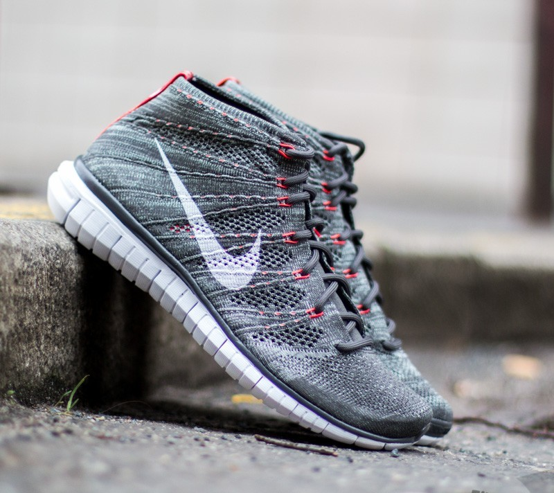 reputable site 7ad9a 540a7 Nike Free Flyknit Chukka Midnight Fg/White | Footshop