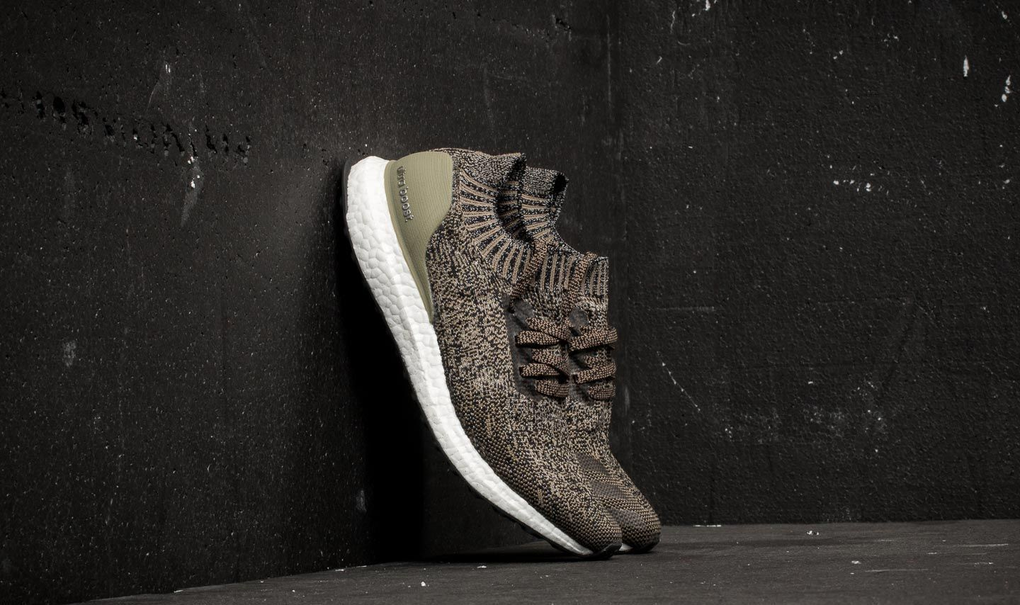adidas Ultraboost Uncaged Trace Cargo/ Core Black/ Chalk Pearl