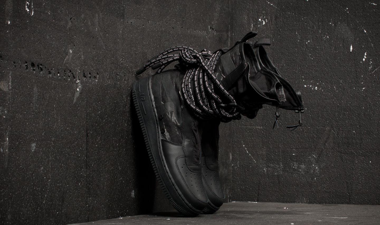 best sneakers 7f923 9e489 Nike SF Air Force 1 Hi. Black  Black  Dark Grey