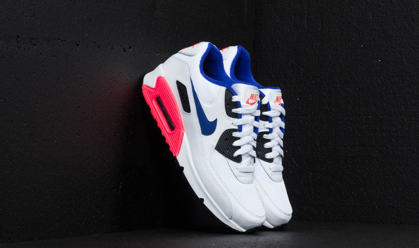 f1bcb85be8 Nike Air Max 90 Essential White/ Ultramarine/ Solar Red | Footshop
