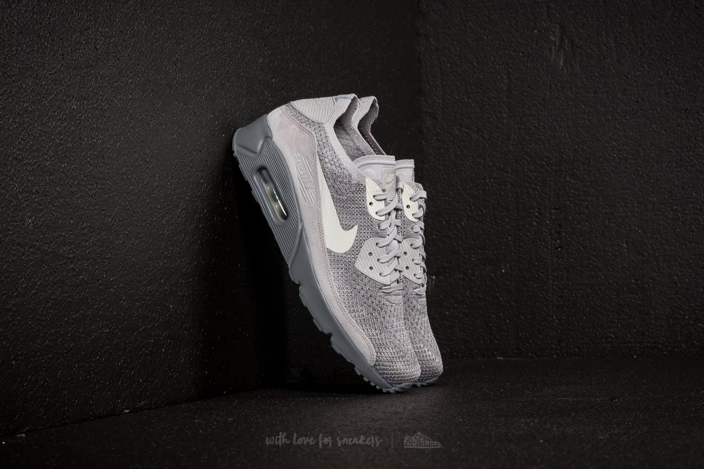 best loved 3070b 431d3 Nike Air Max 90 Ultra 2.0 Flyknit. Atmosphere Grey  Light Bone