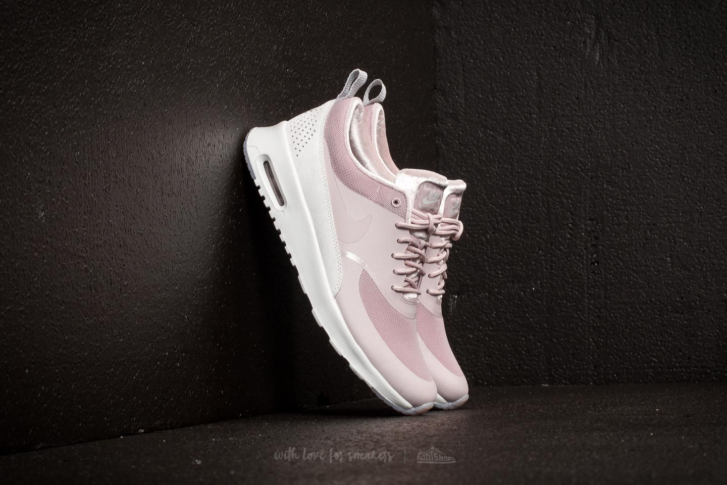 nike particle rose air max thea lx