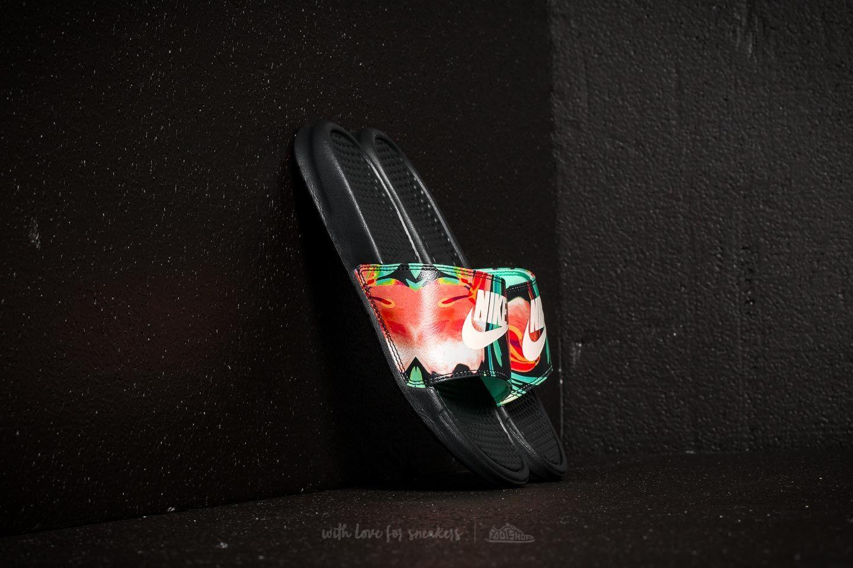 Nike Wmns Benassi Jdi Print Black/ Crimson Tint-Green Glow za skvělou cenu 790 Kč koupíte na Footshop.cz