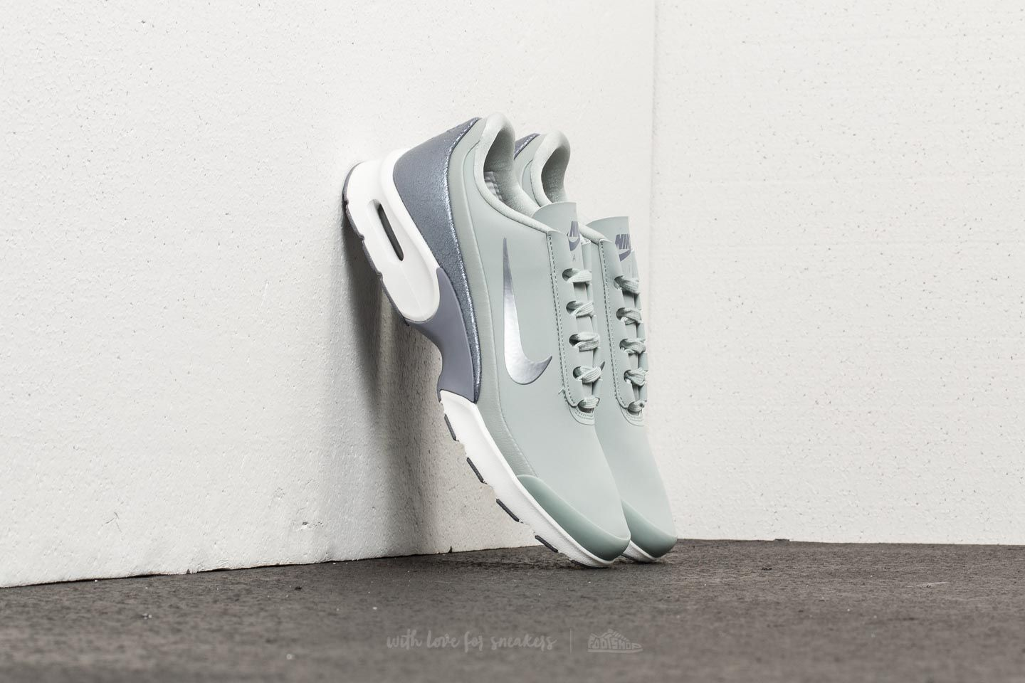 shoes Nike Wmns Air Max Jewell Leather
