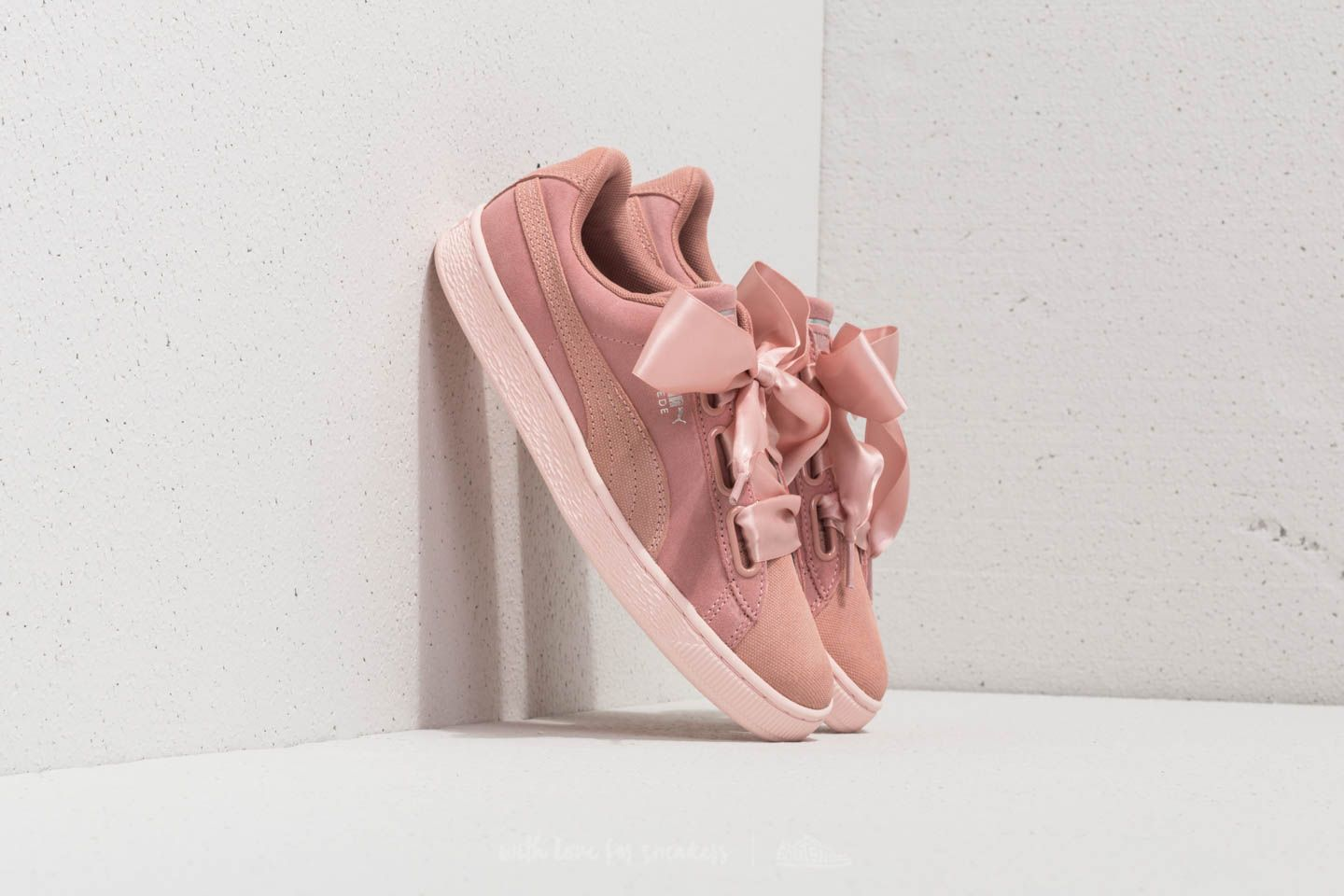 detailed look 3132c fa893 Puma Suede Heart Pebble Wn's Peach Beige-Pearl | Footshop