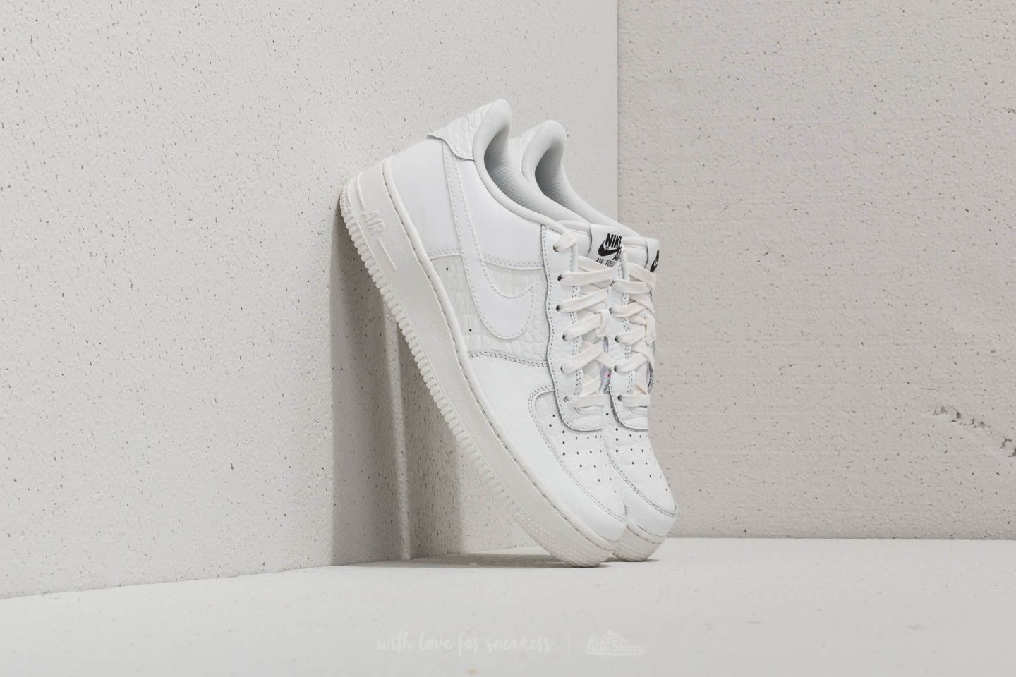 Nike Air Force 1 LV8 (GS) Summit White/ Summit White