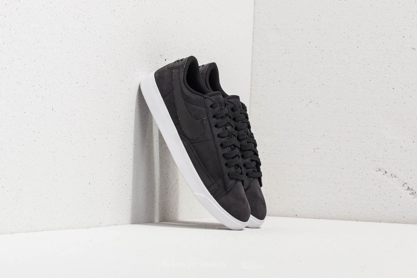 Nike Blazer Low LX W Black/ Black-White