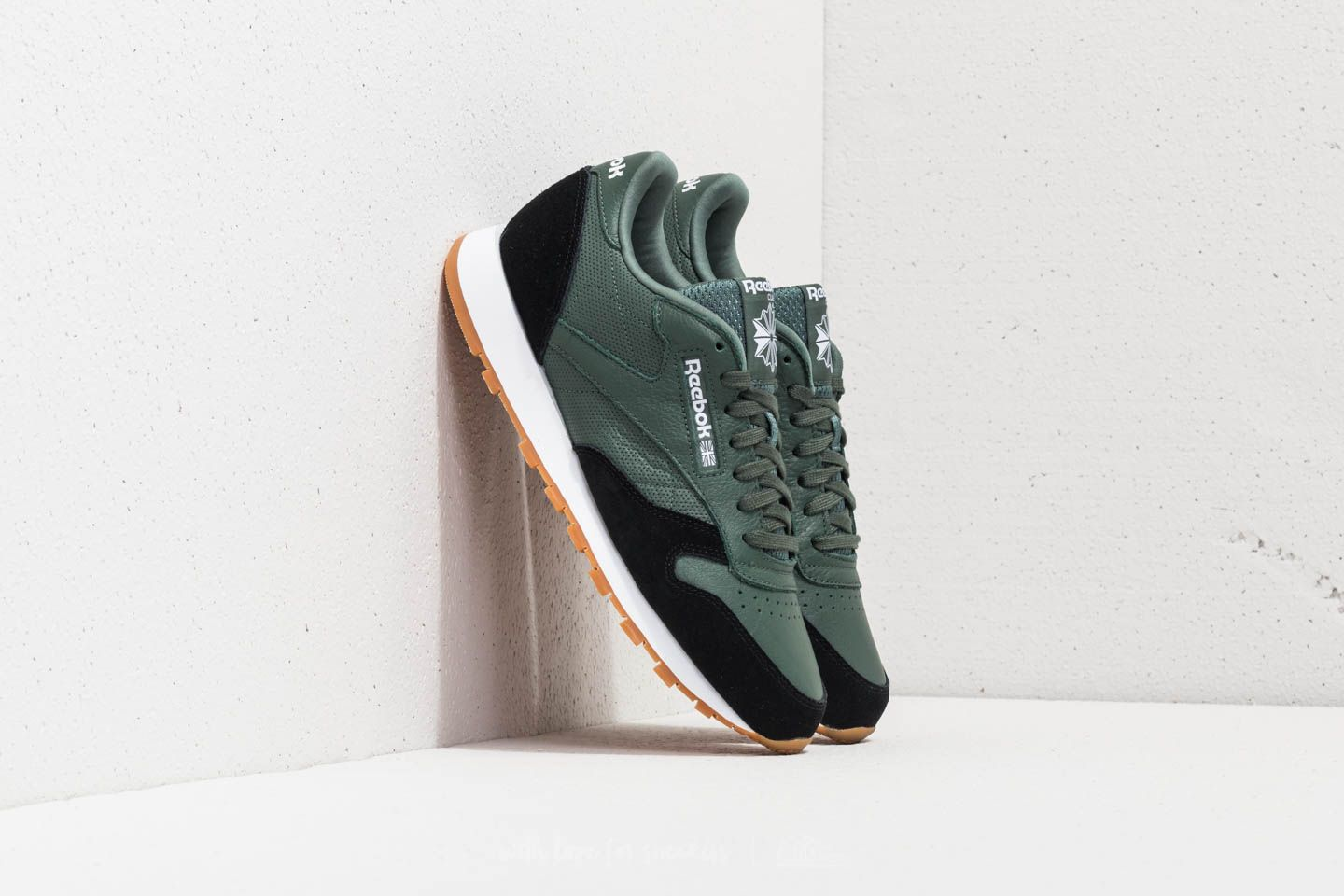 Reebok Classic Leather GI Chalk Green/ Black/ White-Gum