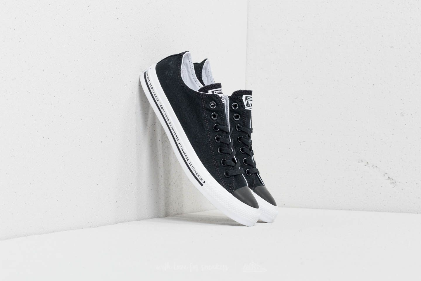 53fa2b3e760a Converse Chuck Taylor All Star Ox Black  Black  White