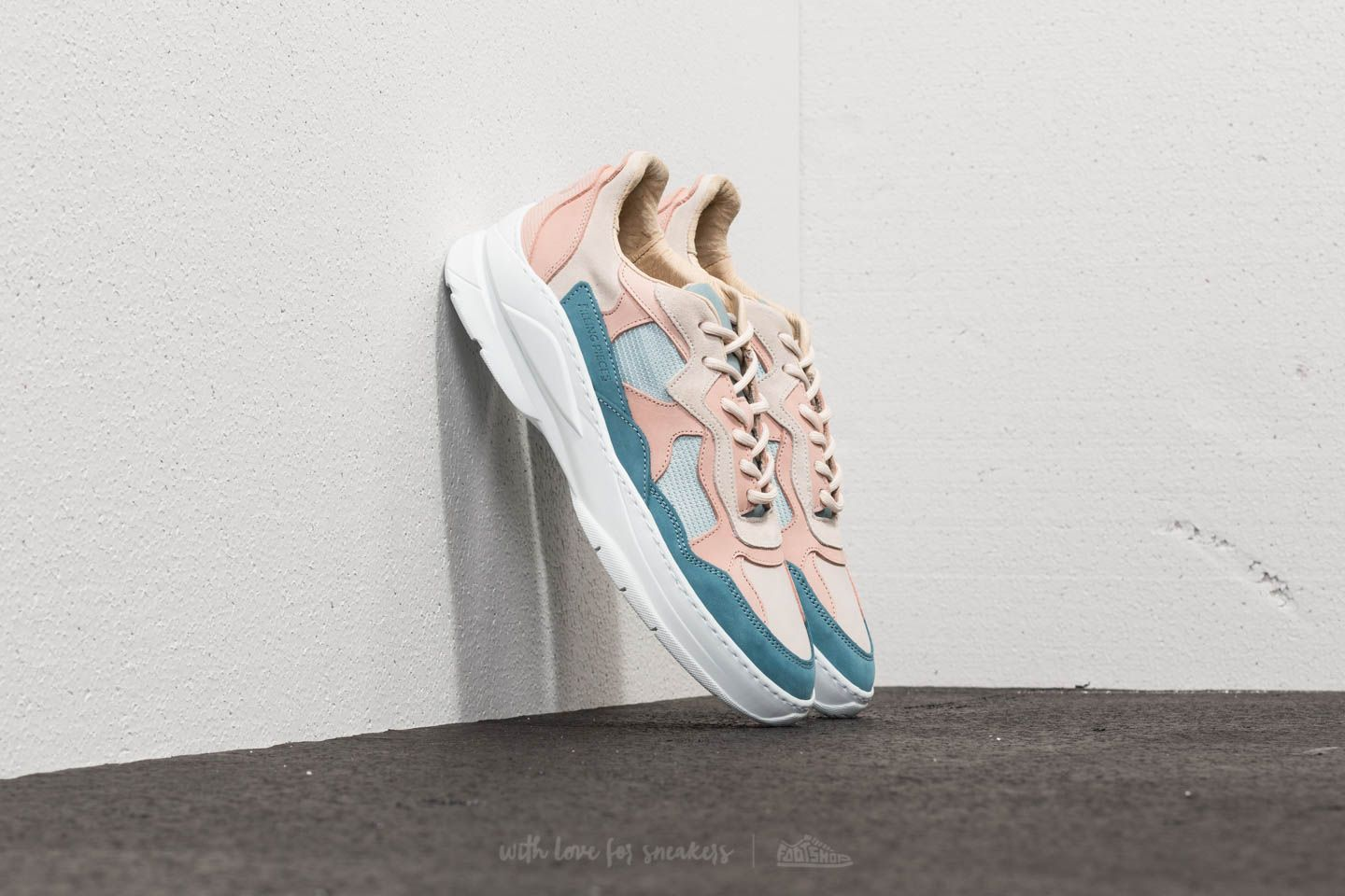 Filling Pieces Low Fade Cosmo Infinity Blue/ Pink