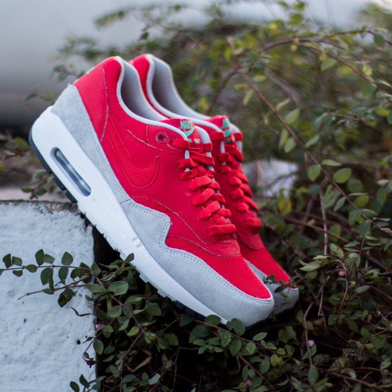 save off bf73e febd6 Nike Air Max 1 Essential Daring Daring Red-Grey mist