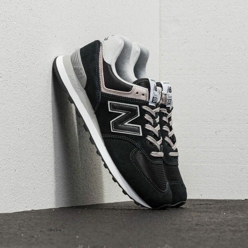 New Balance 574 Black EUR 42