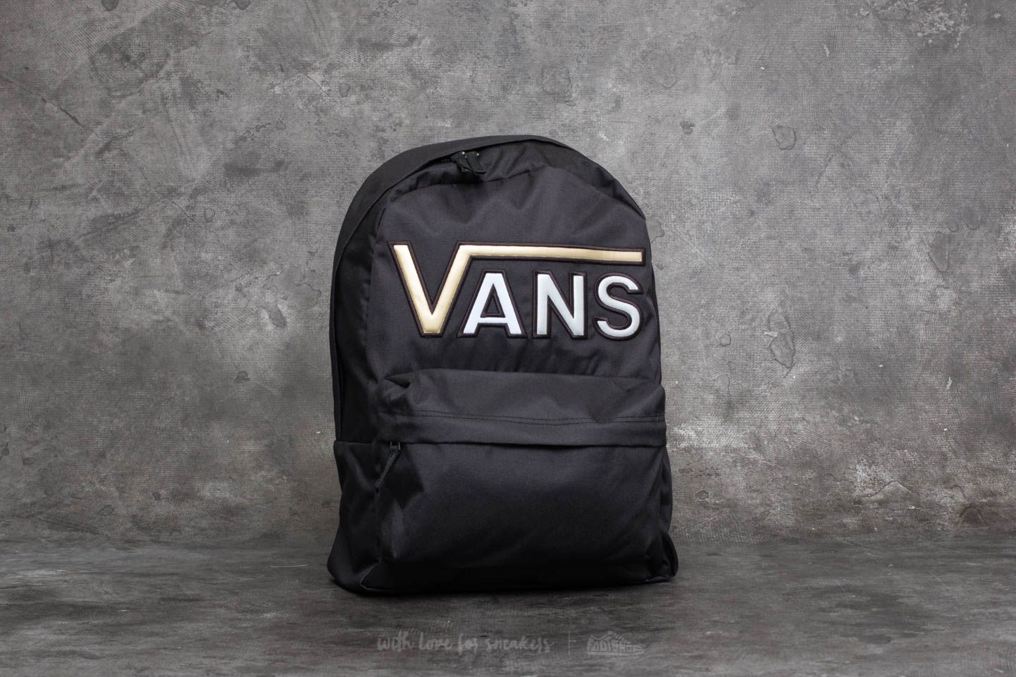 837ccff4a4d39 Vans Realm Flying V Backpack Black