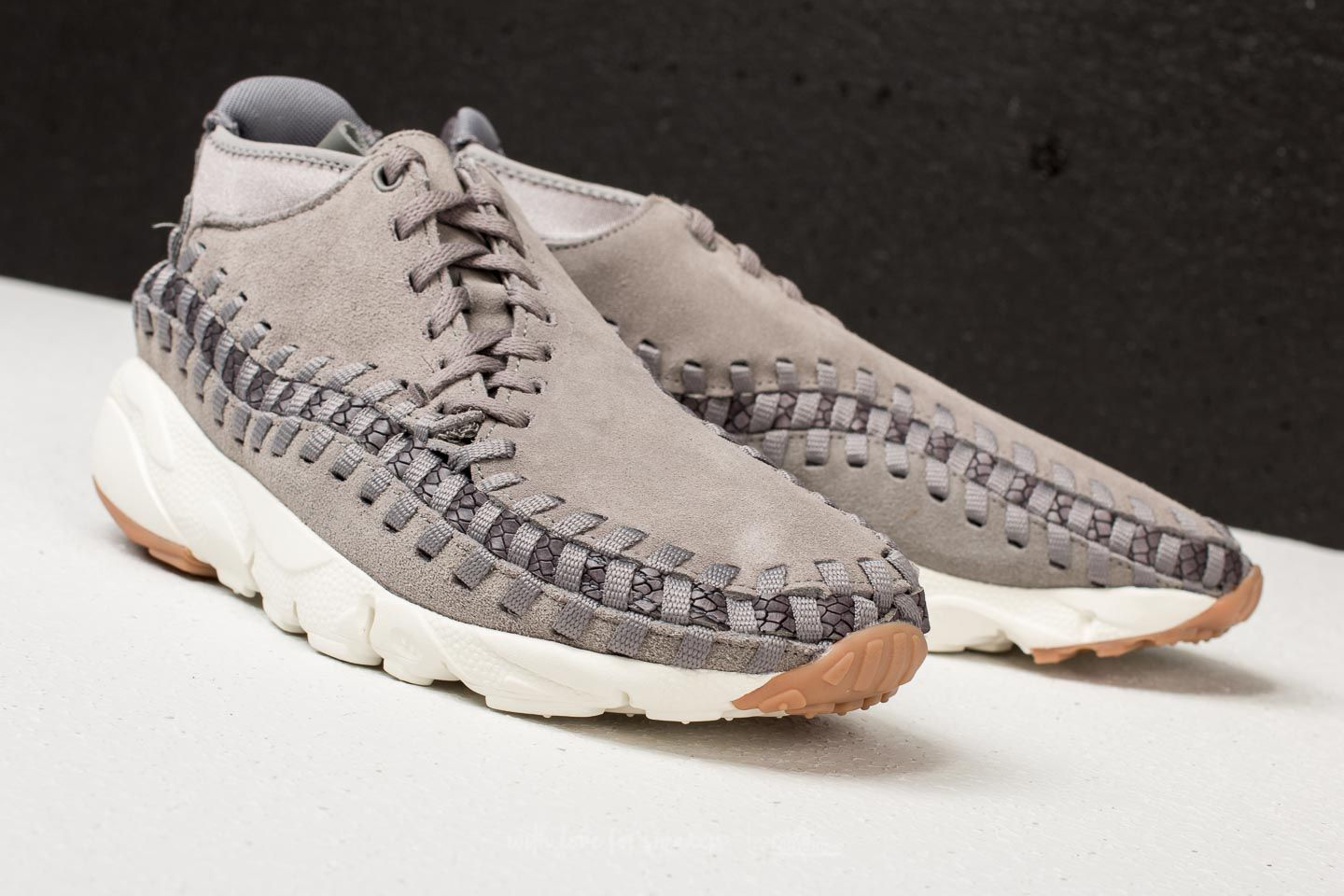 Nike Air Footscape Woven Chukka Premium Flat Pewter  Light Pumice at a  great price 96 cbff9e167