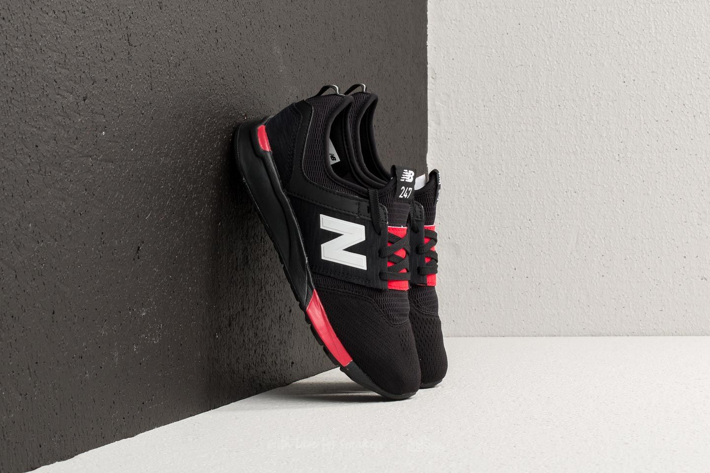 Kid´s shoes New Balance 247 Black/ Red
