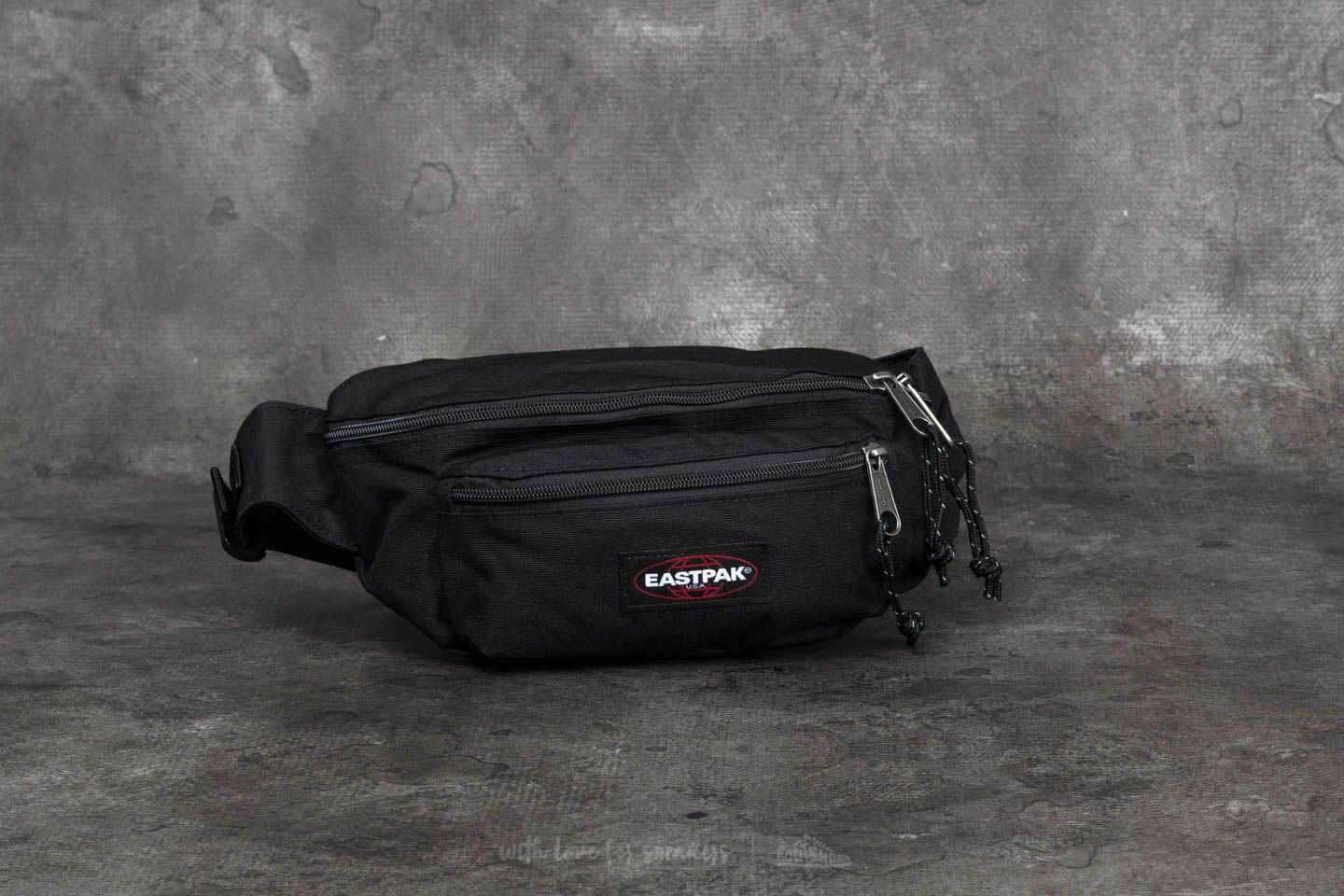 Ledvinky Eastpak Doggy Bag Black