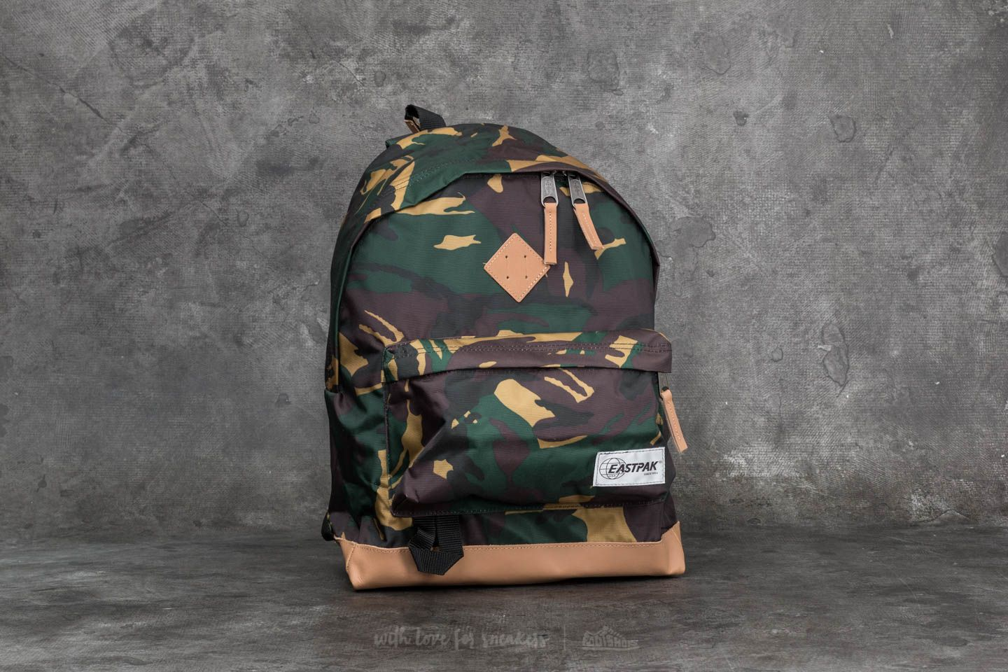 d5b7773d5014 Eastpak Wyoming Backpack Into Camo